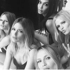 19.2 тыс. отметок «Нравится», 66 комментариев — Doutzen Kroes (@doutzen) в Instagram: «Missing you girls already! Thank you for two amazing days @luigimurenu @anna_dello_russo…»