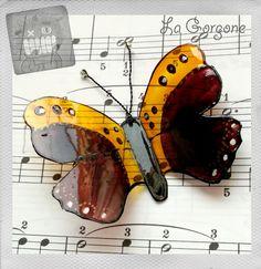 Papillon orange, marron, or, argent et noir. Recyclage par la Gorgone. : Décorations murales par la-gorgone