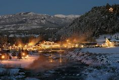 - Southwest Colorado vacation destination offers skiing, hiking, mountain biking and hot springs - Pagosa Springs, Colo. – This spring break Pagosa Springs invites visitors to come to Southwest Colorado for a vacation that includes a hefty dose of… Spring Vacation, Spring Resort, Vacation Ideas, Weekender, Pagosa Springs Colorado, Dallas, Springs Resort And Spa, Colorado Winter, Colorado Trip