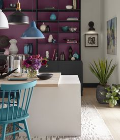 BEHR Color Trends 2021 Optimistic View Interior Color Inspiration Optimistic View: An eclectic mix of bright, luxe shades evoke a Mediterranean or '70s glam vibe, featuring festive colors like Saffron Strands PPU6-02 or Kalahari Sunset MQ1-25. #colortrends #color2021 Behr Colors, Colours, Paint Colors For Home, House Colors, Color Trends, Design Trends, Studio Kitchen, Room Set, Comfort Zone
