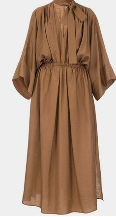 Brown Batiste dress with oversize sleeves – Linen Dresses For Women Abaya Fashion, Muslim Fashion, Modest Fashion, Fashion Dresses, Fashion Top, Mode Abaya, Mode Hijab, Simple Dresses, Casual Dresses