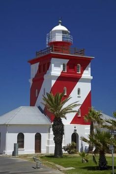 Photographic Print: Mouille Point Lighthouse (1824), Cape Town, South Africa by David Wall : 24x16in