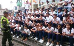 Policía Risaralda en Colegio Juan Hurtado realiza segunda actividad del programa en los Zapatos de los otros