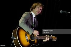 HALL Photo of James BLUNT, James Blunt performing on stage in Amsterdam, 30.09.2008 - Photo: Paul Bergen