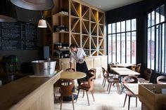 Restaurant Pirouette, 5, rue Mondétour Paris 75001. Craving : Neo-bistro. The extras : Open Monday, Terrace.