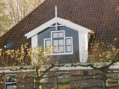 http://www.ronaldvanderploeg.nl/dakkapelboerderij.html