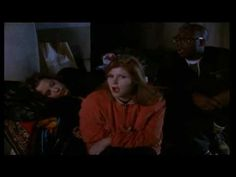 Kirsty MacColl: Walking Down Madison (Official Video) 4 of 5