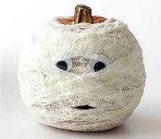 Auch im alten Ägypten gab's schon Kürbisse! // 10 DIY Halloween Pumpkin Decorating Ideas