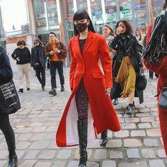 Fashion Week Paris, K Fashion, Fashion Mask, Fashion Design, Vogue, All Smiles, Wardrobes, Industrial Style, Ulzzang