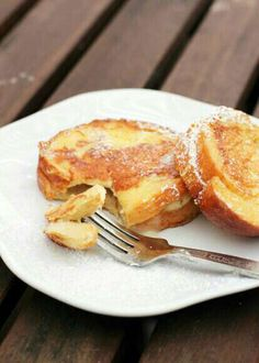 Cream Cheese and Banana Stuffed French Toast #SummerVibes #Food #Drink #Musely #Tip