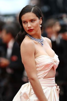 "Stunning Adriana Lima wears Alberta Ferretti gown at the screening of ""Burning"" during the annual Cannes Film Festival at Palais des Festivals on May 2018 in Cannes, France. Isabeli Fontana, Alessandra Ambrosio, Celebrity Red Carpet, Celebrity Style, Adriana Lima Style, Brazilian Supermodel, Music Festival Fashion, Palais Des Festivals, International Film Festival"