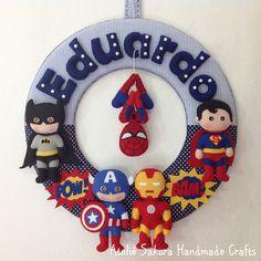 Guirlanda Porta de Maternidade tema Super Heróis para o Eduardo