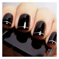 Love these nails using our nail varnish in Boosh.