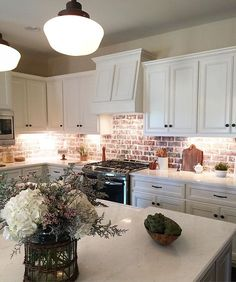 Happy Friday sweet friends! Sharing another pic of the @southernlifestylehomestn parade home in Hampton Park...the tour starts tomorrow from 10-4 and Sunday 12-4....there will be 9 homes on the tour and there is no charge! I staged this home and one in Marymont Retreat....if you are in the Murfreesboro area it would be a fun afternoon to see what's new and hopefully get lots of inspiration!  #murfreesborotn #modernfarmhouse #brickbacksplash #farmhousekitchen #southernlifestylehomes…