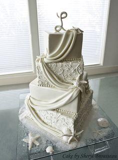 Beach Wedding Cake  www.foreverly.de