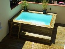 Piscines en bois hors sol Small Backyard Pools, Backyard Pool Designs, Small Pools, Swimming Pools Backyard, Swimming Pool Designs, Garden Pool, Lap Pools, Indoor Pools, Pool Decks