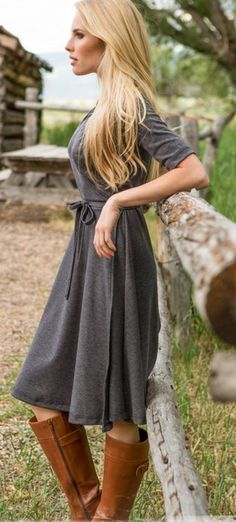 Classic wrap dress in grey.
