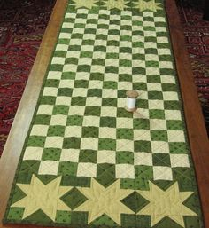 Lap Quilts, Small Quilts, Mini Quilts, Table Topper Patterns, Quilted Table Toppers, Table Runner And Placemats, Quilted Table Runners, Cotton Quilting Fabric, Patchwork Quilting
