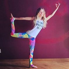 The @dashworthy Yoga Challenge STARTS TODAY!  Pop over to @dashworthy  to up your yoga game and for a chance to win some awesome #swag (including your very own Made in SF booty-poppin' InYos) _ #inyowear #inyowatercolor #yogachallenge #yoga #yogaeverydamnday #madeinusa #sfmade