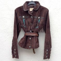 Brown suede fringed jacket   Jessie Western Texas Fashion, Boho Fashion, Womens Fashion, Cowgirl Fashion, Western Chic, Western Wear, Native American Clothing, Rodeo Queen, Cowgirl Style