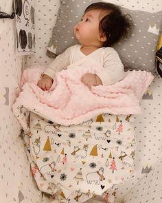 Cute Little Baby, Cute Baby Girl, Little Babies, Cute Babies, Baby Kids, Asian Kids, Asian Babies, Doll House Plans, Foto Baby