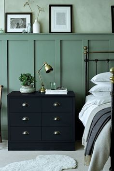 Want to turn a ho-hum wall into something wow-worthy? Here are some our favorite board and batten beauties for you to enjoy. #hunkerhome #boardandbatten #battenwallideas #boardandbattenwall Small Room Bedroom, Small Rooms, Home Bedroom, Bedroom Decor, Bedroom Signs, Bedroom Rustic, Master Bedrooms, Bedroom Inspo, Bedroom Apartment