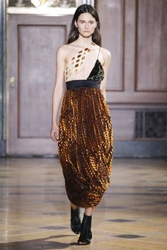 Sophie Theallet Fall 2016 Ready-to-Wear Collection Photos - Vogue Sophie Theallet, Vogue, Fashion Show Collection, Couture Dresses, Fall 2016, Catwalk, Lace Skirt, High Fashion, Fall Winter