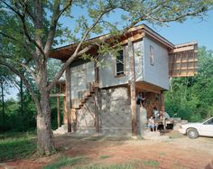 I love everything that samuel mockbee started. Natural Architecture, Architecture Design, Rural Studio, Winding Staircase, Sustainable Living, Natural Materials, Ecology, Sustainability, Building A House