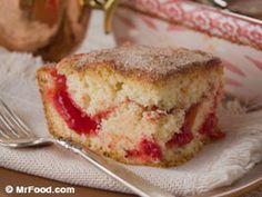 Amish fruit-filled coffee cake
