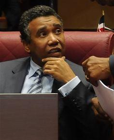 Informando24Horas.com: Defensa de senador acusa a Procurador de desacato ...
