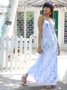 LAYERED SHIFT DRESS - Look gorgeous and charming by wearing this Grey Tie n Dye Long Two Layered Shift Dress.This trendy dress promises you a comfortable wearing experience. It is perfect for the sultry summers.