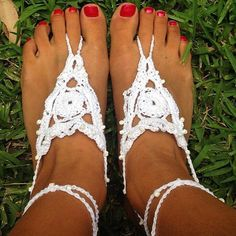 Crochet, beaded, white or choose your colour, barefoot sandals / boho wedding / beach style / nude shoes / foot jewellery / beach wedding