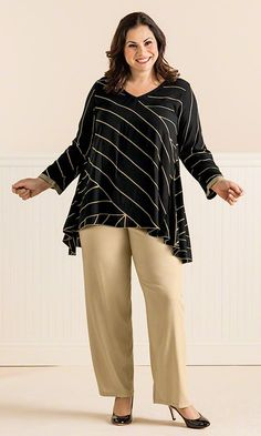 Megg Tunic / MiB Plus Size Fashion for Women / Summer Fashion / Professional / Career www.makingitbig.c...