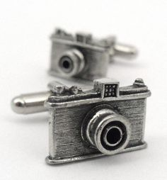 ღღ For the photographer at hear, camera cufflinks