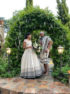 African Traditional Wedding, African Traditional Dresses, Traditional Wedding Attire, Traditional Outfits, Wedding Girl, Wedding Ideas, African Attire, African Fashion, Xhosa