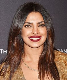 Priyanka Chopra Always Wears These 5 Beauty Trends — & No One Has Noticed+#refinery29