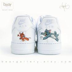 Sneaker Diy, Custom Painted Shoes, Painted Toms, Hand Painted Shoes, Cute Nike Shoes, Adidas Shoes, Nike Shoes Air Force, Nike Air Force 1 Outfit, Hype Shoes