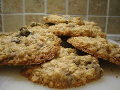Soaked oatmeal cookies: Use crushed buckwheat groats instead of whole wheat flour when soaking oatmeal.