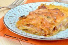 Le lasagne di pesce sono un primo piatto molto gustoso ed adatto alle occasioni speciali; richiedono un po' di tempo di preparazione.
