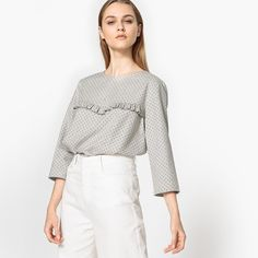 Discover gorgeous printed or plain blouses in a range of styles with La Redoute today. Find pretty blouses to dress up or down with La Redoute Long Shorts, Long Blouse, Blouses For Women, Dress Up, Bell Sleeve Top, Crew Neck, Lady, Pretty, Sleeves