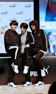 #JUNGKOOK #SUGA #V 180408 BTS X PUMA TURIN Fansign Event