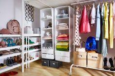 Când vine vorba de organizarea hainelor și a pantofilor, îți place să improvizezi? În acest caz, cutiile SKUBB - experții în depozitare și organizatoarele noastre se vor încadra perfect în camera ta. Ikea, Bedroom, Outdoor Decor, Stuff To Buy, Home Decor, Small Space, Home, Decoration Home, Ikea Co