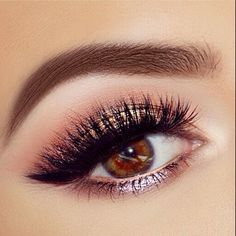 Beautiful @jadeywadey180 in the Too Faced Stardust by Vegas Nay Collection