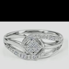 Promise ring <3 wow!