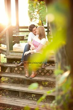 couple poses, outdoor photography, sunset, love, engagement shoot