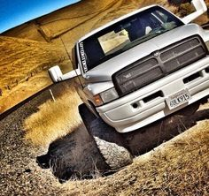 This 2nd Gen Cummins looks fuckin sick. Tow mirrors look good and actually go with the rest of the truck. Don't hate, appreciate