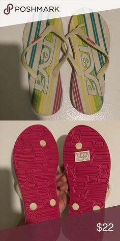 ddfdbe736 Teva flip flops 7 Cute pair of never worn flip flops from Teva in size 7