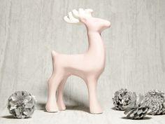 Renifer ceramiczny Różowo-biały w Pracownia NieZapominajka na DaWanda.com