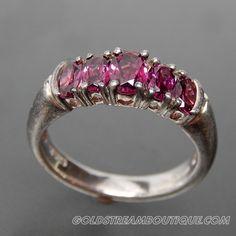 Oval Rhodolite Garnet Vintage Sterling Silver Ring - Size 7.25