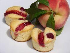 Petits gâteaux à la ricotta, aux pêches et aux framboises - Chocolat & Caetera